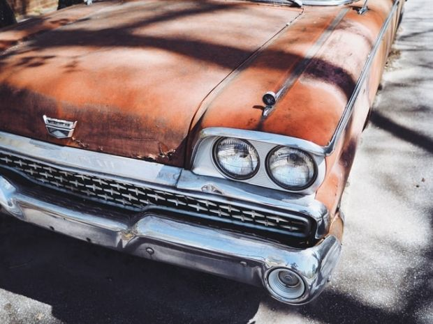 How to Avoid a Junk Car Scam: 5 Things to Be Aware Of