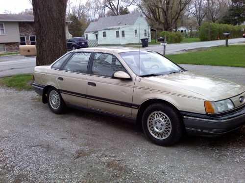 1990 Ford Taurus X